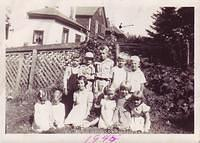 8/30/1945. B'day party in W. Hoton.